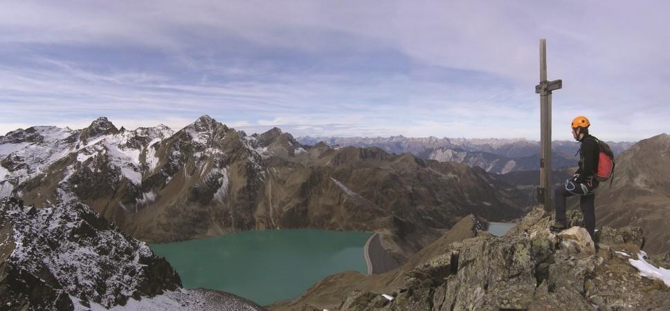 http://www.x-alptours.at/wp-content/uploads/2014/03/Kuehtai-Panorama-Klettersteig-mit-Bergfuehrer-968x450.jpg