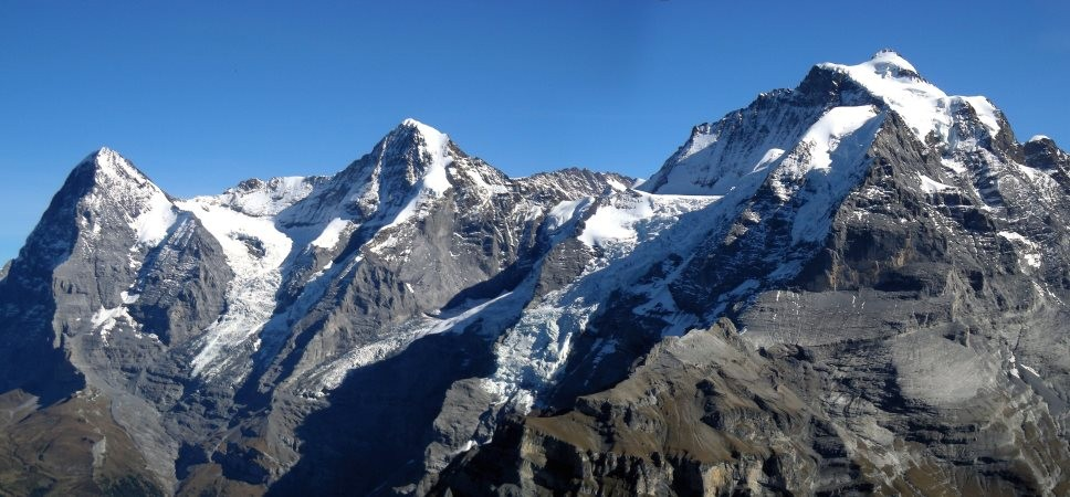 http://www.x-alptours.at/wp-content/uploads/2014/03/Moench-Jungfrau-mit-Bergfuehrer-2-968x450.jpg