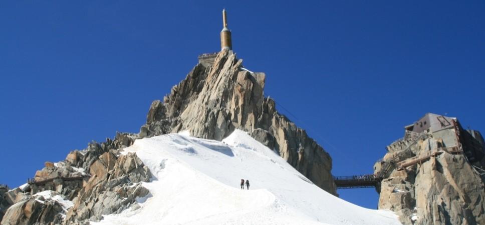 http://www.x-alptours.at/wp-content/uploads/2014/03/Mont-Blanc-mit-Bergfuehrer-10-968x450.jpg