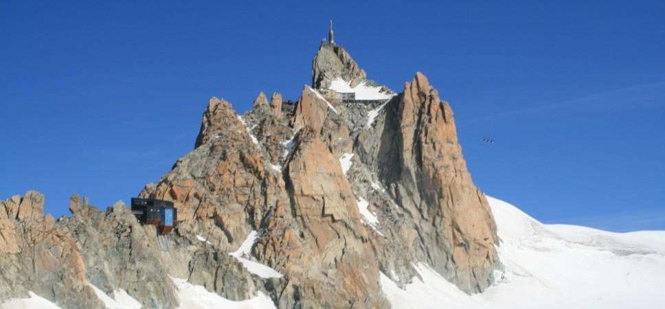 http://www.x-alptours.at/wp-content/uploads/2014/03/Mont-Blanc-mit-Bergfuehrer-11-968x450.jpg