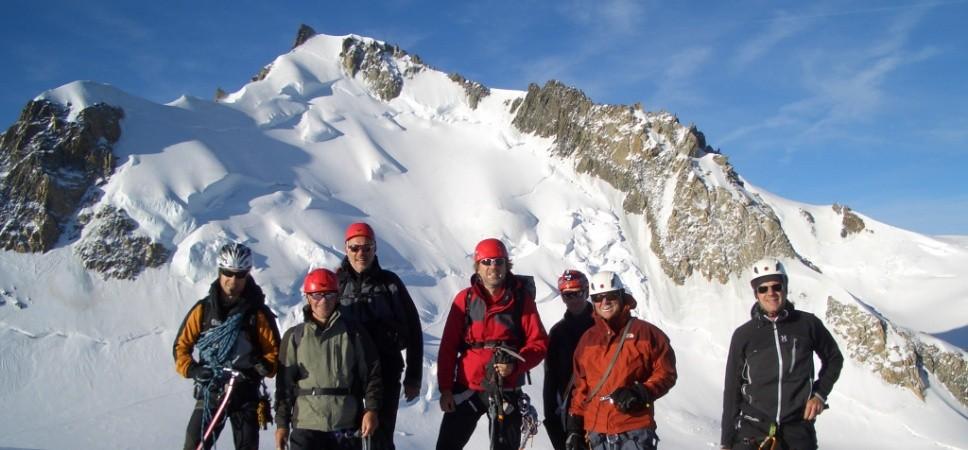 http://www.x-alptours.at/wp-content/uploads/2014/03/Mont-Blanc-mit-Bergfuehrer-13-968x450.jpg