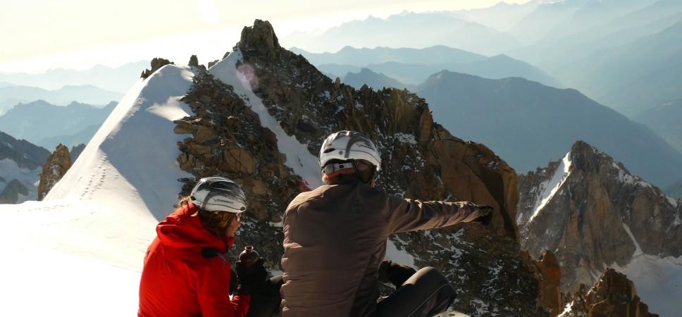 http://www.x-alptours.at/wp-content/uploads/2014/03/Mont-Blanc-mit-Bergfuehrer-16-968x450.jpg