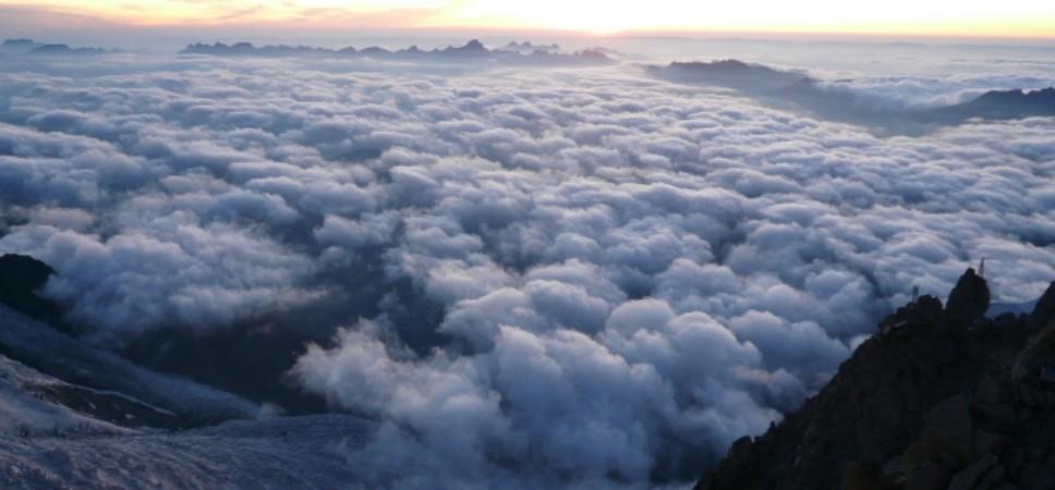 http://www.x-alptours.at/wp-content/uploads/2014/03/Mont-Blanc-mit-Bergfuehrer-17-968x450.jpg