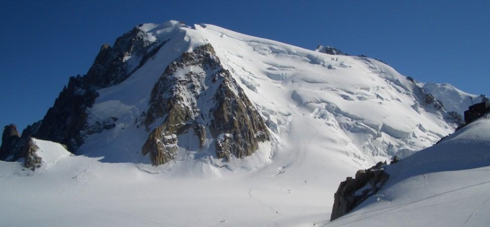 http://www.x-alptours.at/wp-content/uploads/2014/03/Mont-Blanc-mit-Bergfuehrer-24-968x450.jpg