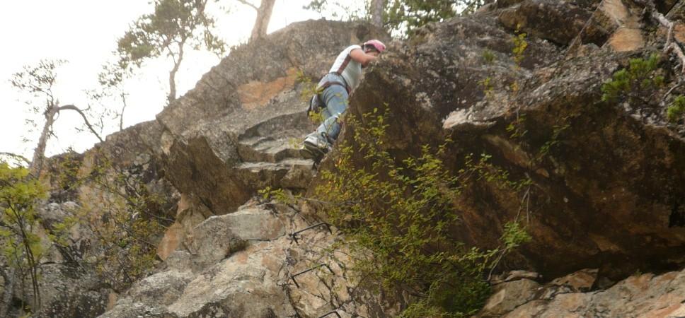 http://www.x-alptours.at/wp-content/uploads/2015/01/Lehner-Wasserfall-Klettersteig-mit-Bergfuehrer-5-968x450.jpg